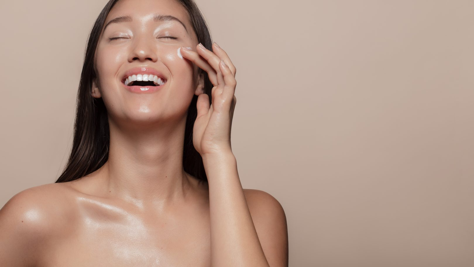 Esthetician-approved product reportedly clears up eczema