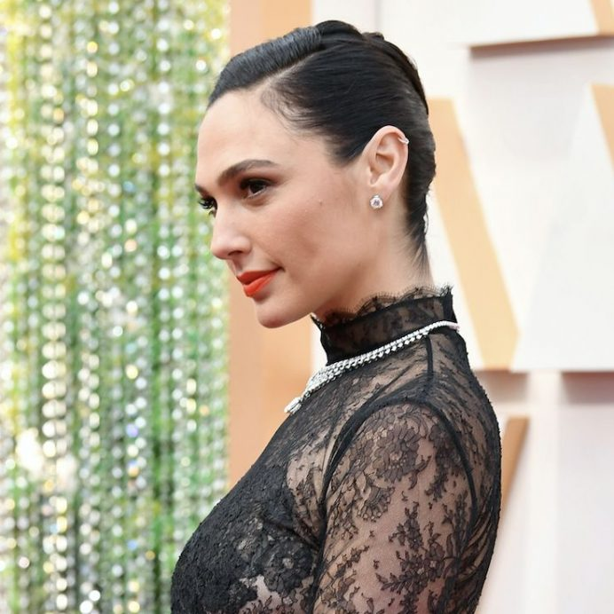 Gal Gadot Oscars hair
