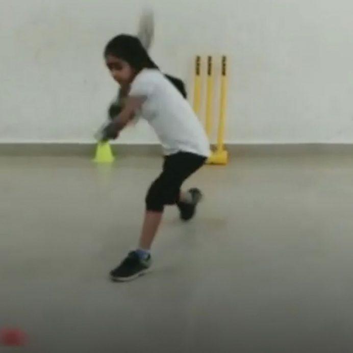 pari sharma cricket