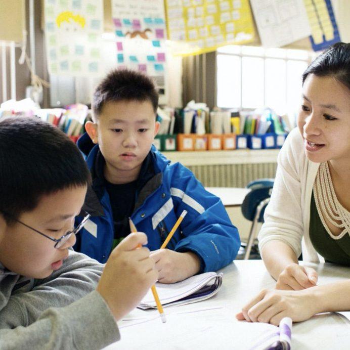 An Apex mentor tutors children