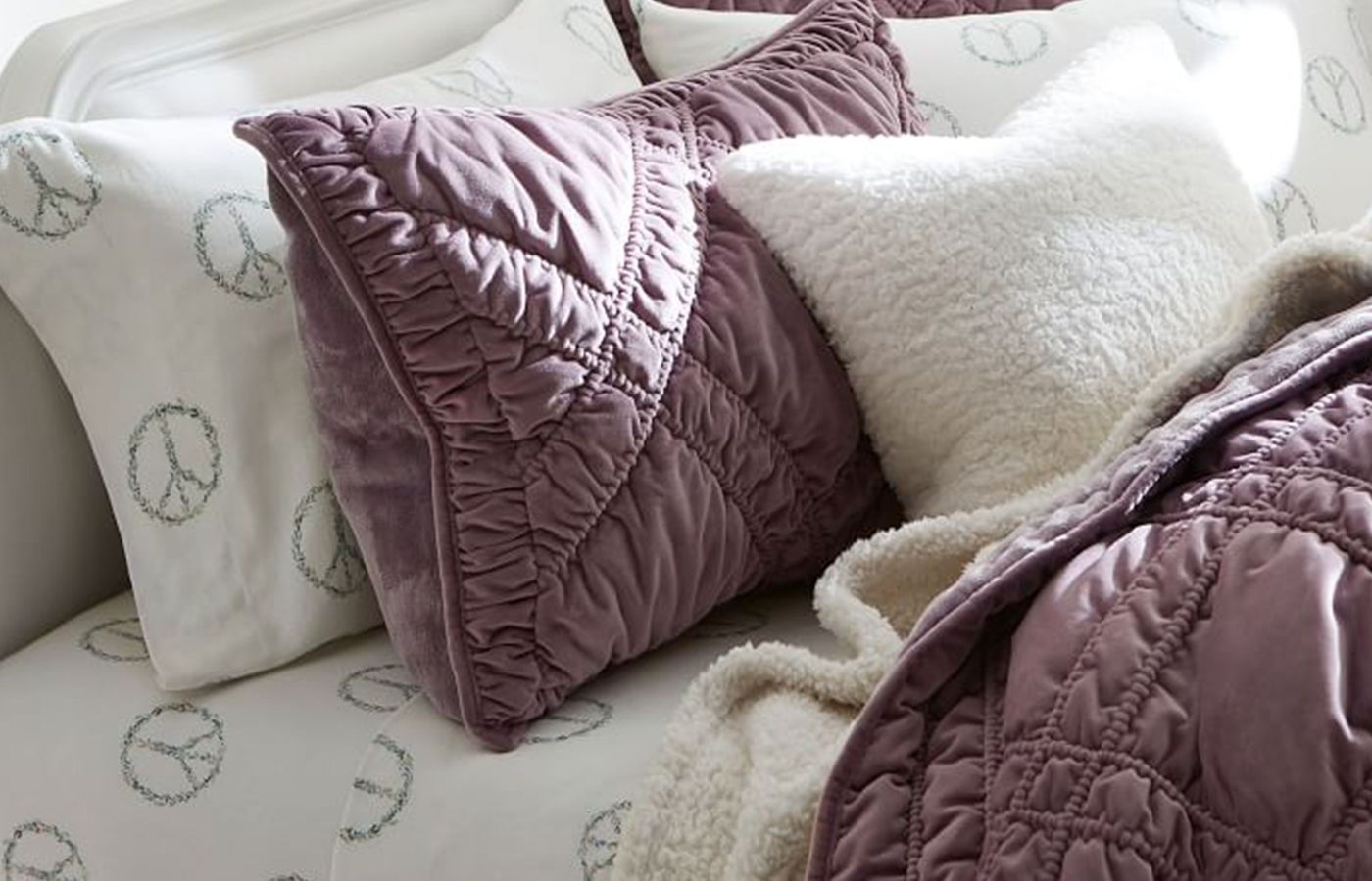The 7 Best Flannel Sheets Of 2020 That Ll Keep You Warm And Cozy