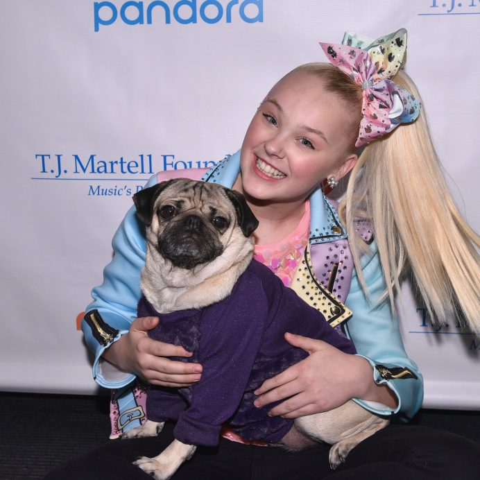 JoJo Siwa and Doug the Pug