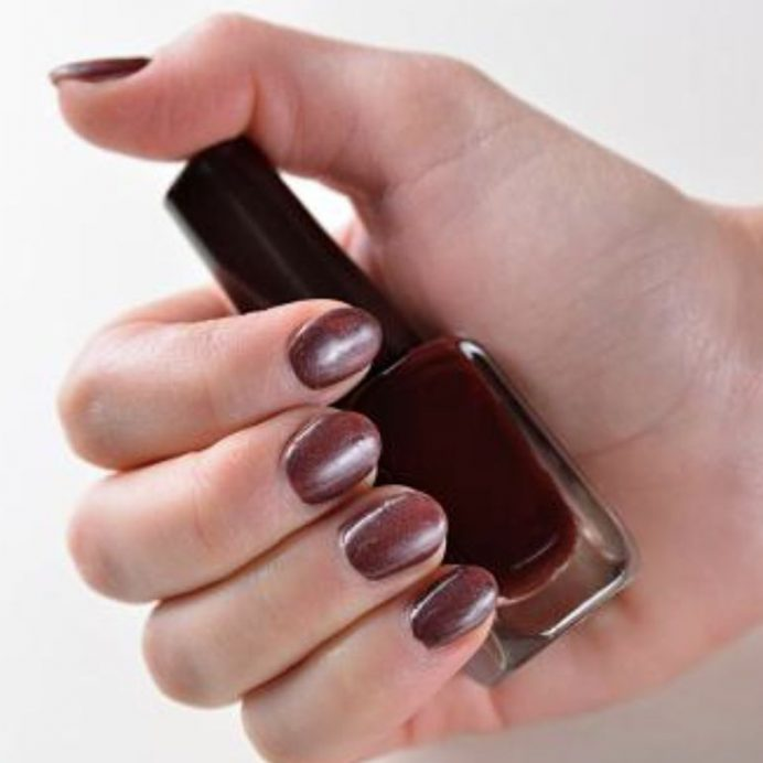 Fall nail polishes