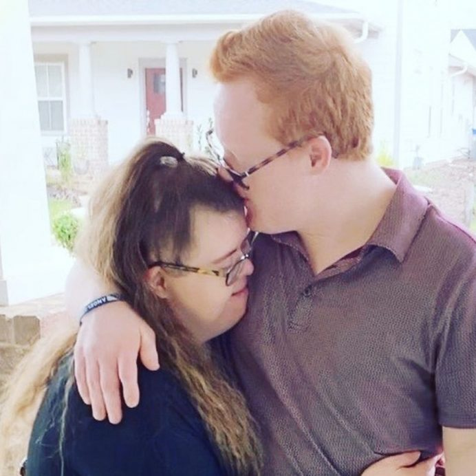 Couple with down syndrome goes on date