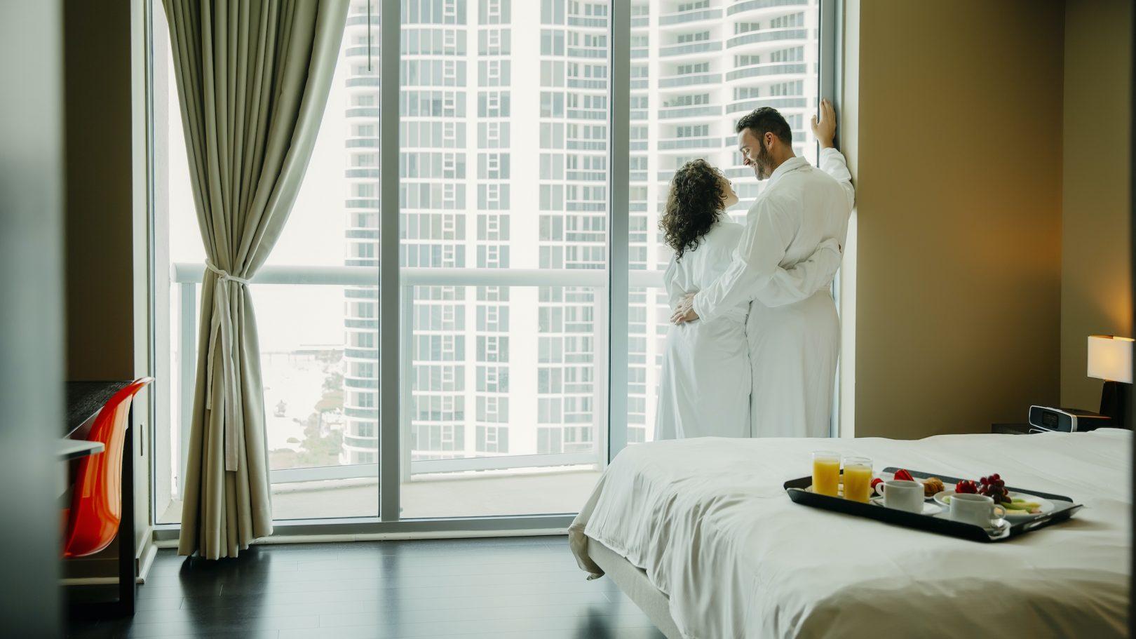 myvegas slots free hotel room