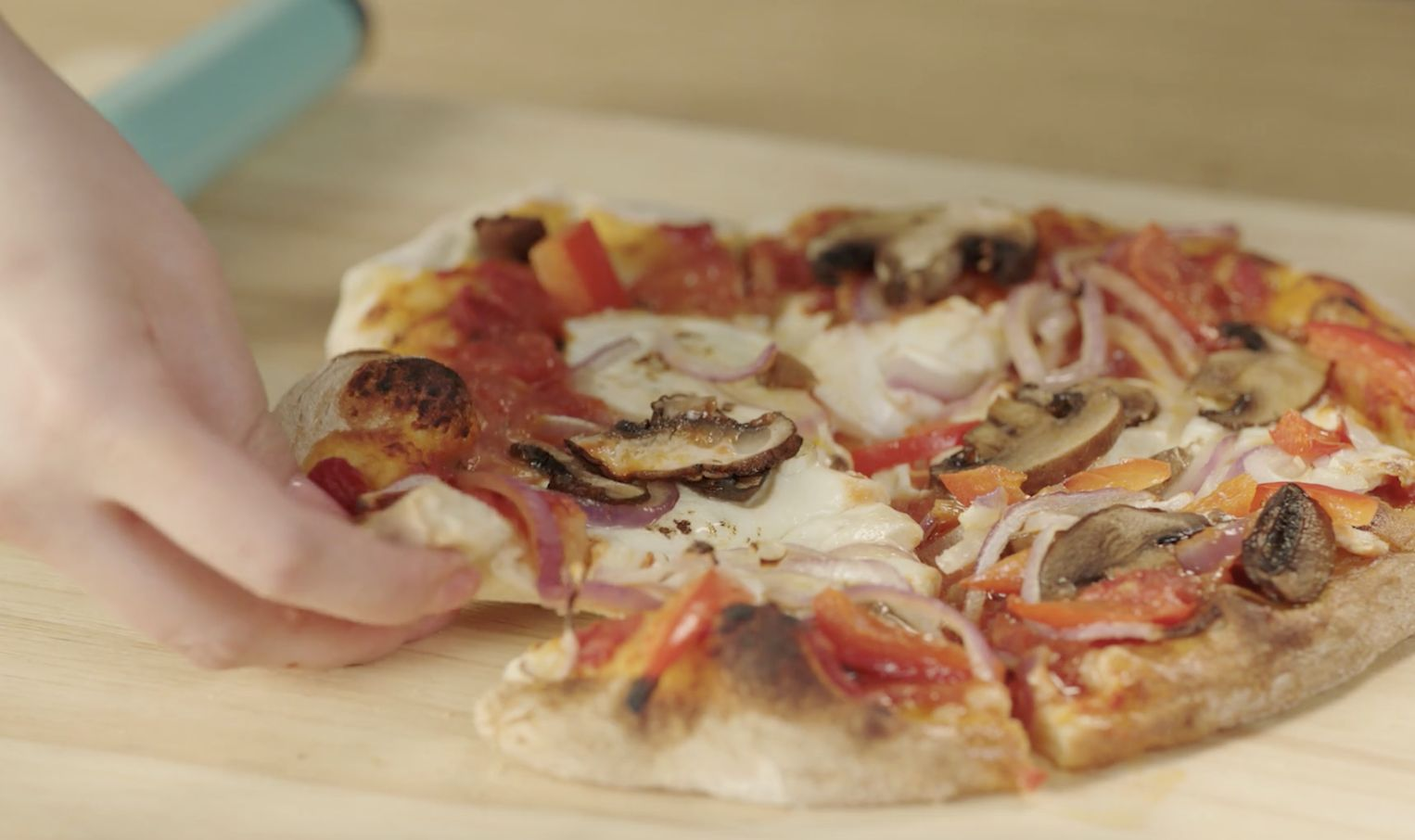 Here's how to make homemade pizza that tastes fresh from the pizzeria