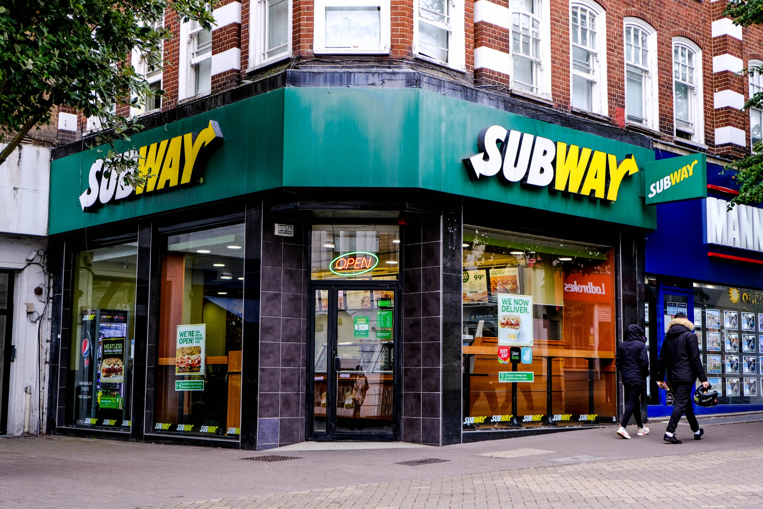 Employee exposes how Subway allegedly prepares its steak