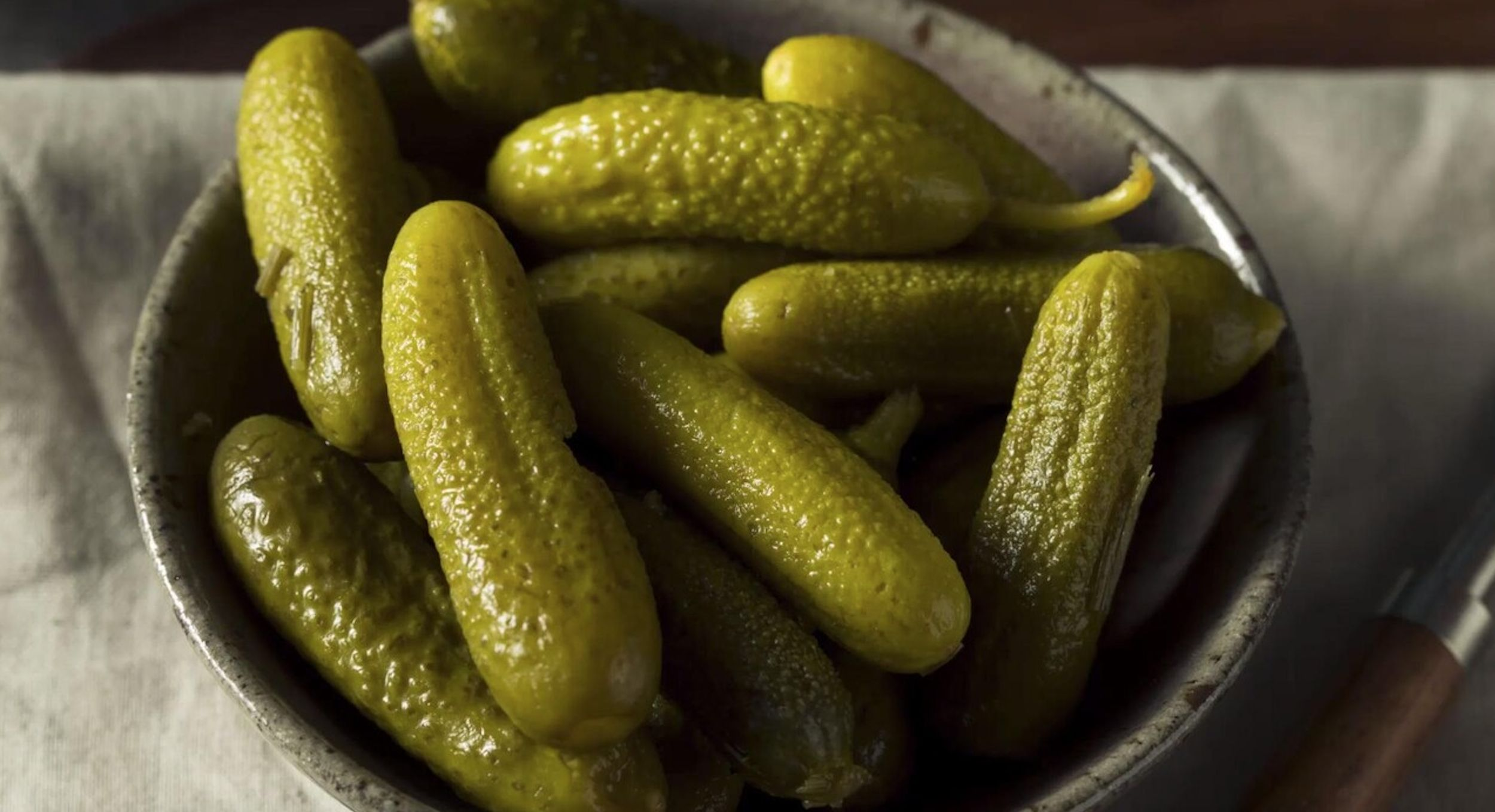 How to make pickles in under an hour