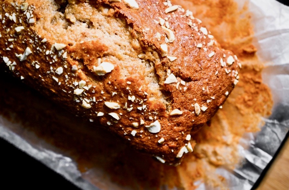 Superfood pumpkin bread with flax seeds